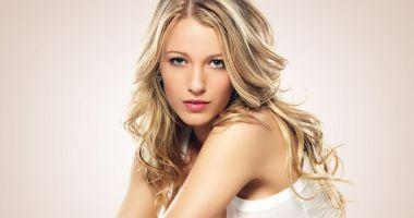 O blondă inteligentă