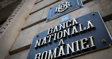 Scad rezervele valutare ale României