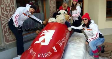 """""""Vitezomanele"""" de la St. Moritz! Cu bobul pe pârtie, la peste 130 km/h"""