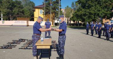 Bobocii de la Academia Navală se pregătesc de jurământ