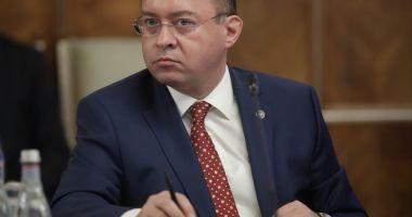 """Bogdan Aurescu, despre certificatele de vaccinare: """"Va trebui să aşteptăm"""""""