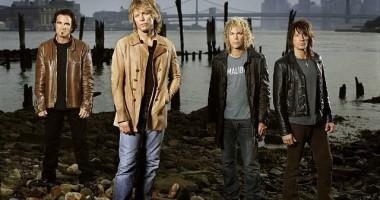 Bon Jovi a sus�inut un show exploziv, de trei ore, �n Capital�, pentru peste 50.000 de fani