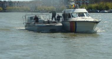 Ambarcaţiune ucraineană, prinsă de Garda de Coastă în timp ce bracona în Marea Neagră