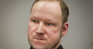 Breivik a sesizat CEDO, reclamând condițiile de detenție 'inumane'