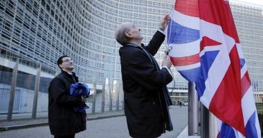 Marea Britanie, OUT din UE. Este începutul sfârşitului pentru Europa?