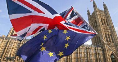 Important pentru românii care trăiesc în Marea Britanie. Se instituie legea marţială?