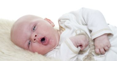 Bronşiolita îmbolnăveşte, deseori, copiii de până în trei ani
