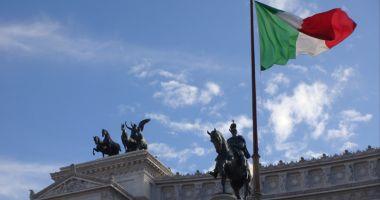 """Comisia UE respinge  bugetul Italiei. Furie la Roma: """"Ei atacă poporul"""""""