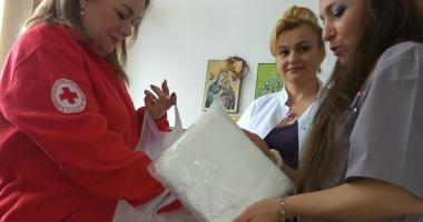 Crucea Roşie Constanţa a donat cearșafuri speciale maternităţii Spitalului din Medgidia
