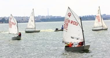 Campionatul Județean de yachting, cu toate pânzele sus!