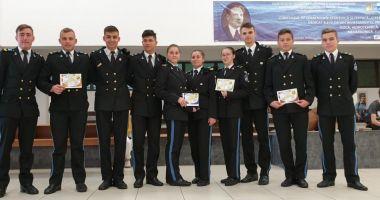 """Campioni de mici. Zece premii naţionale pentru elevii Colegiului Militar """"Alexandru Ioan Cuza"""""""