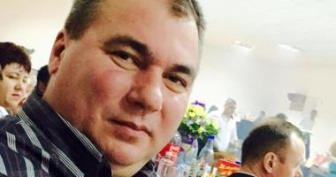 Când îşi depune Nicolae Ciocănete candidatura la funcţia de primar