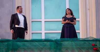 Concert de arii și cântece celebre, la Teatrul