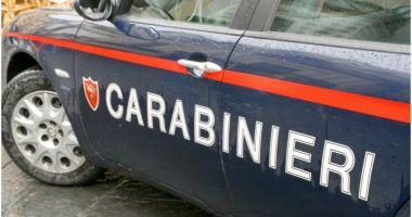 Româncă prinsă la furat în Italia. Ascunsese sub haine mâncare pentru animale în valoare de 700 de euro