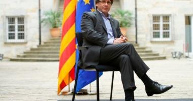 Catalonia bate în retragere. Premierul separatist cere negocieri cu Madridul