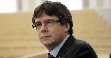 Carles Puigdemont renunţă la conducerea Cataloniei