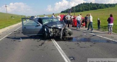 CARNAGIU PE DN1. Trei persoane au murit în urma unui accident, după ce o mașină a pătruns pe contrasens