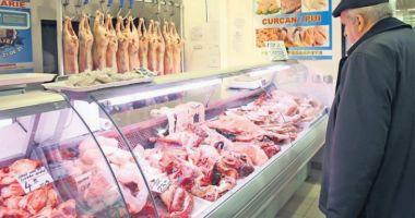 JALE LA CONSTANŢA! Amenzi şi tone de alimente confiscate de inspectorii sanitar-veterinari