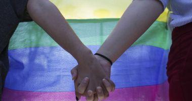 Elvețienii au votat pentru legalizarea căsătoriilor între persoane de același sex