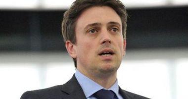 Cătălin Ivan: Voi cere conducerii Parlamentului European sancţionarea disciplinară a lui Laszlo Tokes