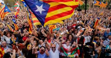 Spania urmează să preia astăzi controlul asupra Cataloniei. O parte a administraţiei catalane s-ar putea împotrivi