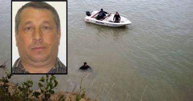 Echipele ISU Dobrogea au reluat căutările bărbatului care a căzut în Dunăre