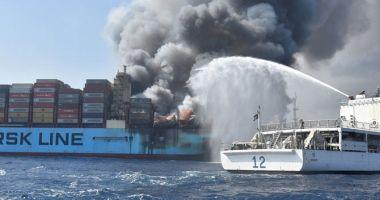 """EXPLOZIE PE UN VAPOR DANEZ, UNDE SE AFLA ŞI UN MARINAR ROMÂN! Cauza tragediei de pe """"Maersk Honam"""""""