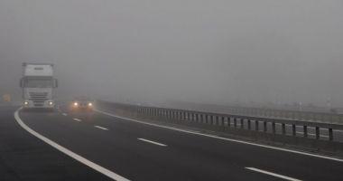ATENŢIE ŞOFERI! Se circulă în condiţii de ceaţă pe Autostrada Soarelui şi pe A4