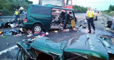 CARNAGIU! Nouă morți, majoritatea români, într-un accident din Ungaria. MAE a activat celulă de criză