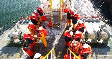 Ce le datorează România agențiilor de crewing?