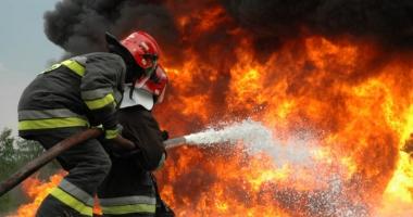 Cel puţin trei morţi  şi mai mulţi răniţi,  într-un incendiu  la o saună din Berlin