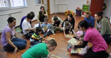 Copiii cu autism, actori  pe