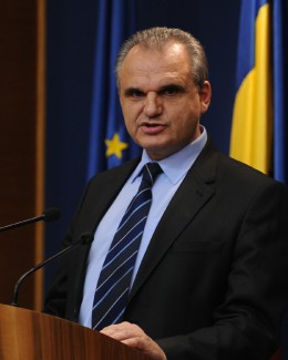 Coplata nu ar aduce bani în sistem, recunoaşte ministrul Sănătăţii
