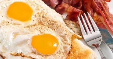 Ce riscă persoanele tinere care au colesterolul ridicat