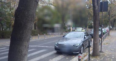 Foto : Ce rişti dacă opreşti maşina sau staţionezi neregulamentar în Constanţa