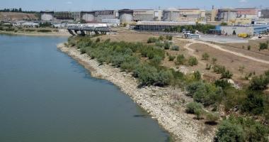 Investiţii de un miliard de euro în Reactoarele 3 şi 4 de la Cernavodă