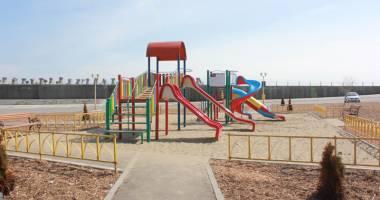 Ce vrea să facă Primăria Constanţa în locurile de joacă pentru copii