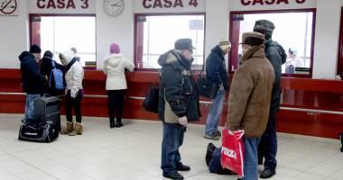 CFR schimbă mersul trenurilor și oferă reduceri la bilete