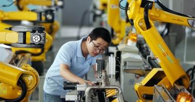 China se robotizează: Firmele înjumătăţesc forţa de muncă  angajând... inteligenţă artificială