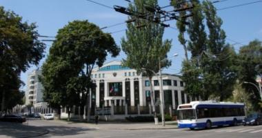 Diplomaţii ruşi expulzaţi din Moldova ar fi recrutat luptători