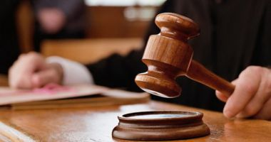 MJ: Condamnarea nu se poate întemeia pe declaraţiile investigatorului, colaboratorilor sau martorilor protejaţi
