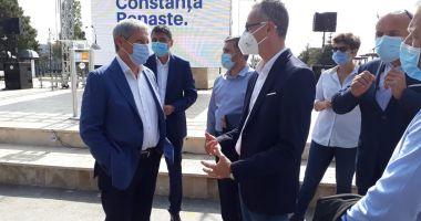 """Dacian Cioloş, prezent la malul mării. """"Constanţa are nevoie de Stelian Ion!"""""""
