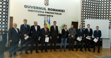Parlamentarii social-democraţi din Constanţa şi-au primit mandatele