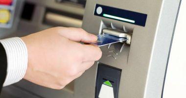 Clienții băncilor vor plăti mai puține comisioane bancare