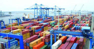 Portul Constanța, principala poartă de intrare a mărfurilor de bișniță