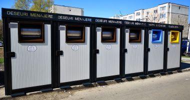 A început montarea de platforme  pentru colectarea selectivă a deșeurilor