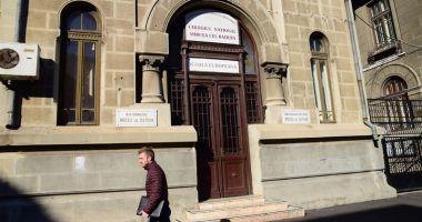 """Colegiul Naţional """"Mircea cel Bătrân"""", selectat  în programul naţional  al centrelor de excelenţă  în informatică"""