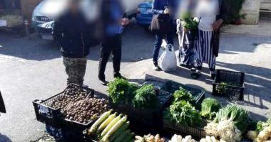 Comercianţii stradali din Tomis III, puşi pe fugă  de poliţiştii locali