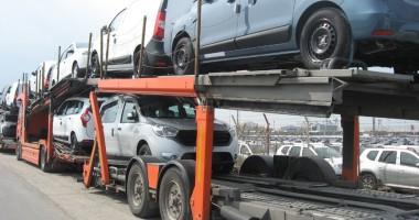 Comerţul auto şi moto, creştere sub 1%