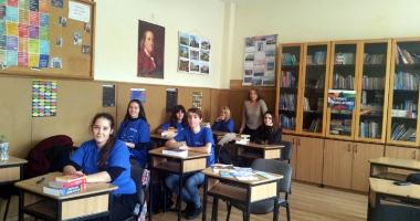"""Concurs european de traduceri, la Liceul """"Călinescu"""""""